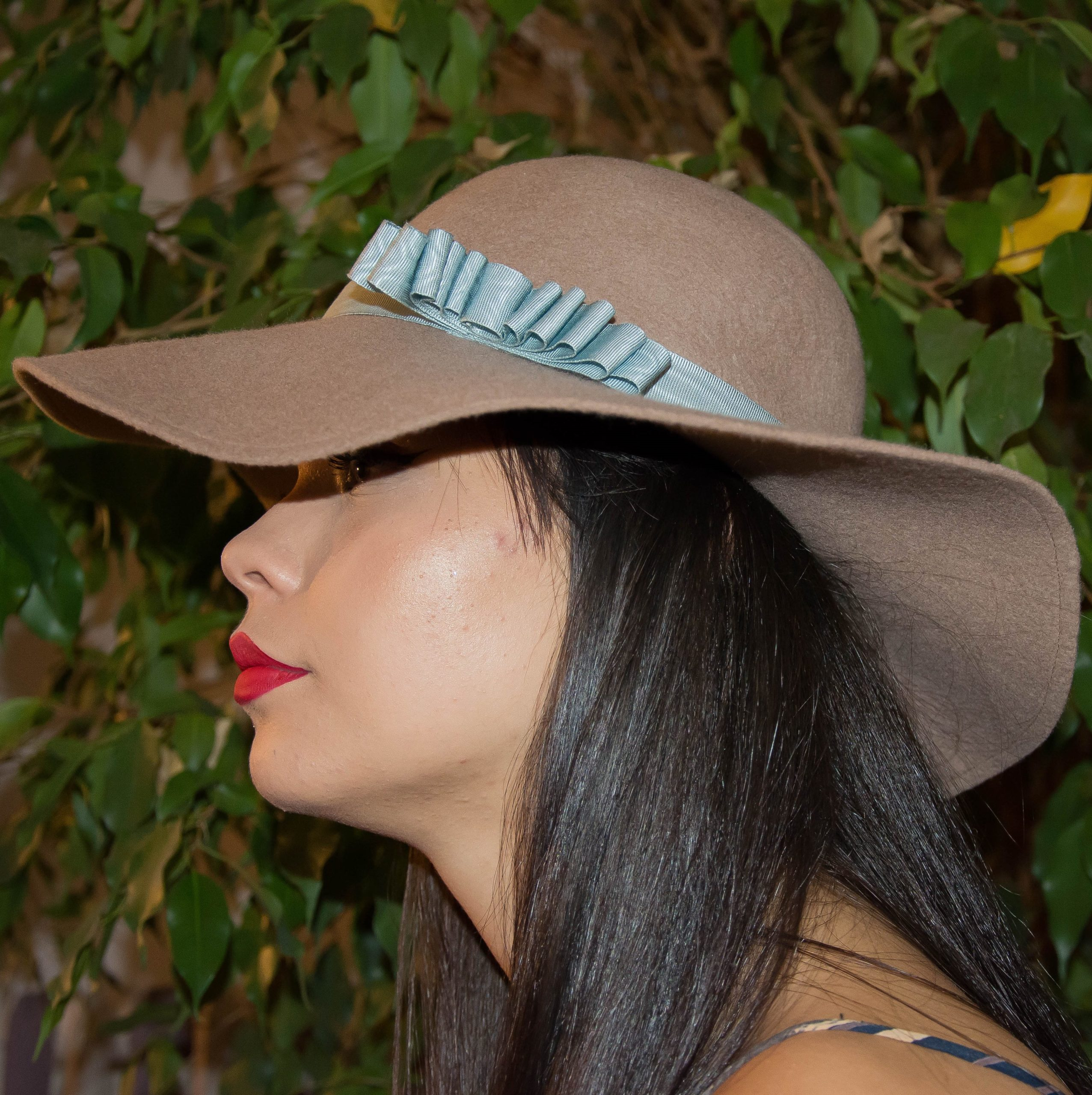 chapeaux capeline en laine ruban bleu ciel